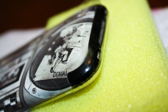 iPhone - Bottom Bezel (Taped)